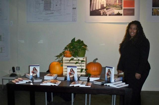 Ressurrection Graves Speaking and Signing in Detroit Michigan November 2012